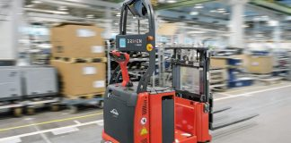 self driving forklifts trucks